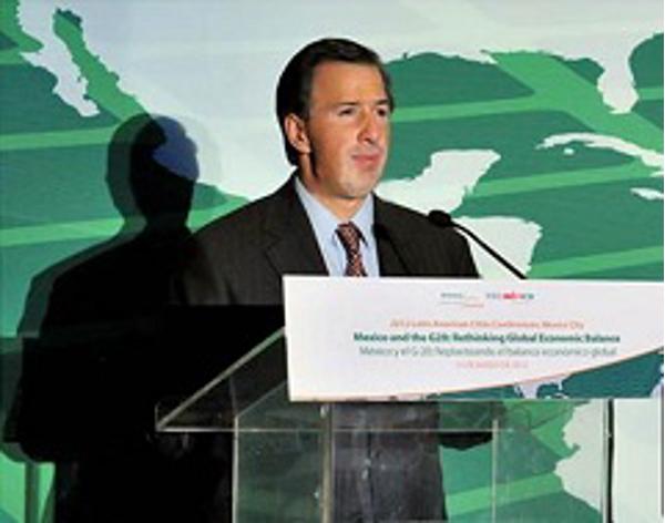 México trabaja para mejorar la economía mundial