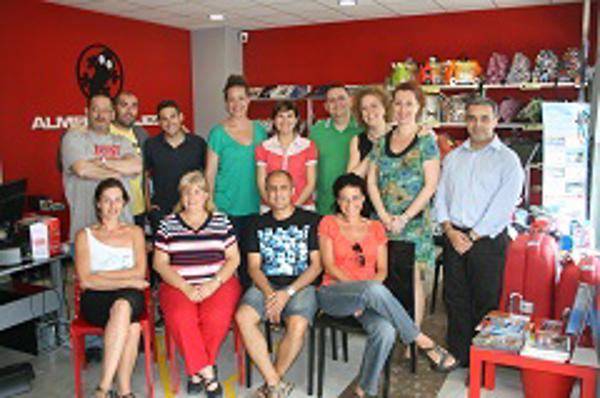 La red de franquicias Almeida gracias suma 4 agencias m�s en Espa�a