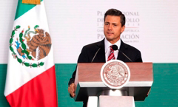 México presenta el Plan Nacional de Desarollo