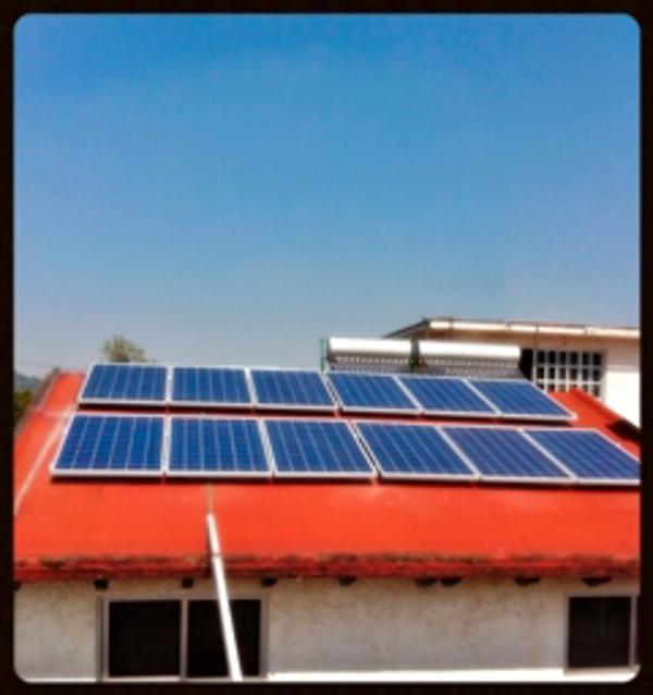 Delegación Cuernavaca de la franquicia Natural Project: Instalación Solar